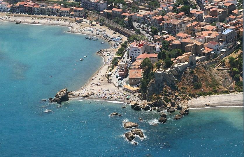 Castel di TUsa beach