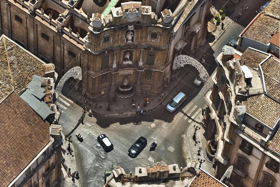 Площадь четырех углов Палермо