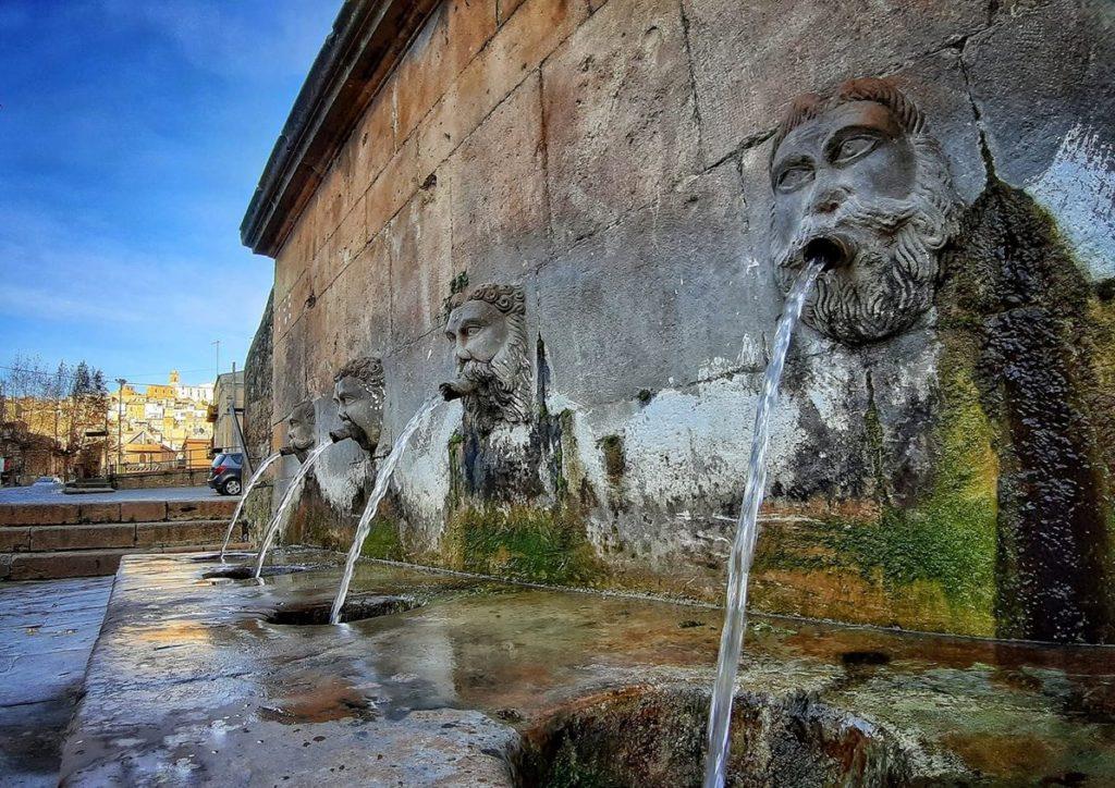 Питьевой фонтан ПЬяцца Армерина
