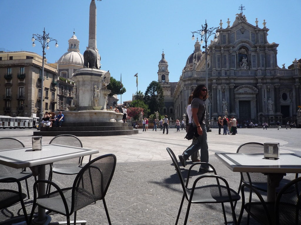 Обои опера, Катания, ночь, Театр Массимо Беллини, дома, сицилия. Города foto 17